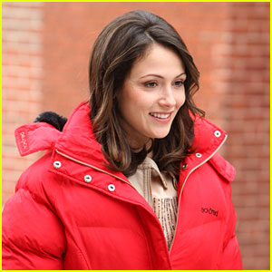 Italia Ricci Bundles Up in Boston