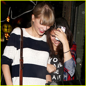 Selena Gomez: Saturday Night Dinner with Taylor Swift!