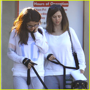 Selena Gomez Visits The Vet