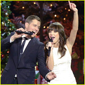 Carly Rae Jepsen: Home For the Holidays with Michael Buble