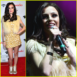 Cher Lloyd: Q102 Jingle Bell Beauty