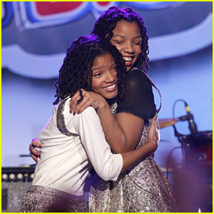 Chloe &#038; Halle Bailey Win N.B.T.!