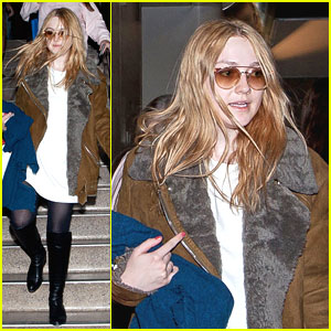 Dakota Fanning: Los Angeles for the Holidays!