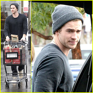 Liam Hemsworth: Christmas Eve Dinner Shopping with Brother Chris