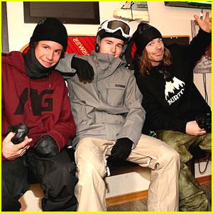 Callan McAuliffe Learns To Ride with Burton Snowboards