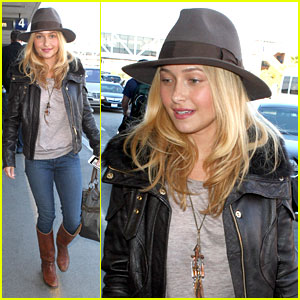 Hayden Panettiere: Back To Nashville