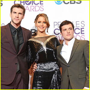 Liam Hemsworth & Josh Hutcherson: People's Choice Awards 2013