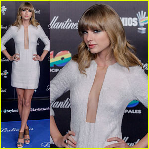 Taylor Swift: 40 Principales Awards 2013 Red Carpet