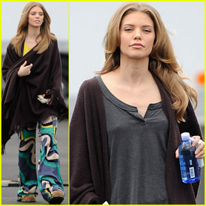 AnnaLynne McCord: Sorry for the Spoilers!