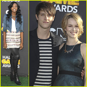 Bridgit Mendler &#038; Shane Harper: Hall of Game Awards 2013 with Coco Jones