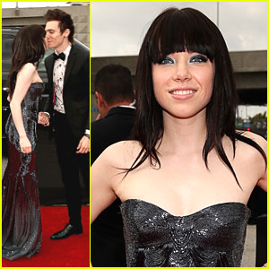 Carly Rae Jepsen: Grammy Awards 2013
