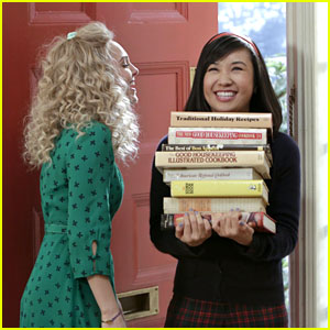 AnnaSophia Robb: Thanksgiving on The Carrie Diaries!