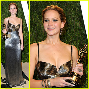Jennifer Lawrence: Vanity Fair Party With Oscar!