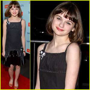 Joey King: 'Safe Haven' Premiere