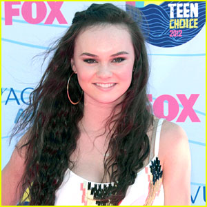 Madeline Carroll: The CW's 'Blink' Lead!