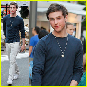 Sterling Beaumon: Topshop/Topman Preview Shopping Event!