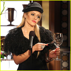 Carly Chaikin: New 'Suburgatory' Tonight!