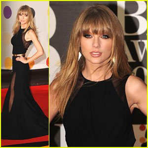 Taylor Swift - BRIT Awards 2013