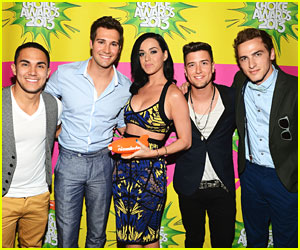 Big Time Rush - Kids' Choice Awards 2013 Red Carpet