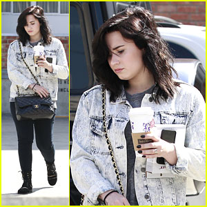 Demi Lovato: Coffee Pick Up