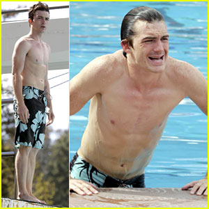 Drake Bell: Diving Pool Practice