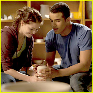 Jacob Artist & Melissa Benoist: New 'Glee' Tonight!