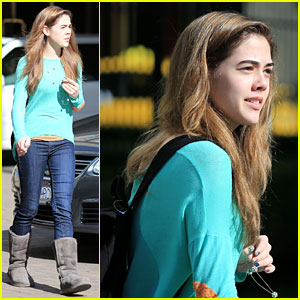 McKaley Miller Starts Filming 'I Am Victor' Set
