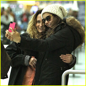 Nina Dobrev & Ian Somerhalder: Post-Easter Flight