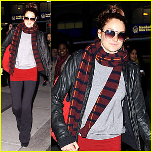 Shailene Woodley: Saturday Night Out!