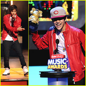 Austin Mahone: Radio Disney Music Awards 2013