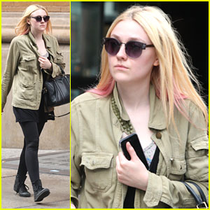 Dakota Fanning: Manhattan Walk