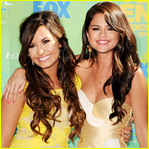 Demi Lovato: I'm Obsessed With Selena's 'Come & Get It'!