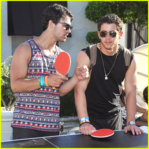 Joe & Nick Jonas: Guess Hotel Pool Party Ping Pong Players