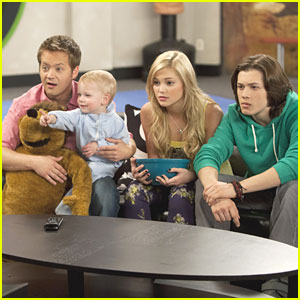 Leo Howard & Olivia Holt Babysit on 'Kickin' It'