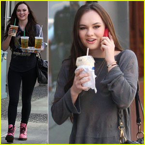 Madeline Carroll: 'Blink' Coffee Breaks