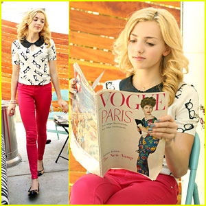 Peyton List: Vintage 'Vogue' Reader