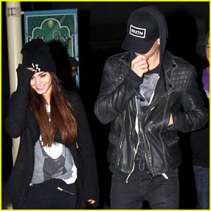 Vanessa Hudgens & Austin Butler: 'Spring Breakers' Movie Date!