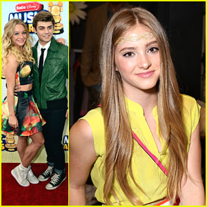 Willow Shields &#038; Garrett Clayton: Radio Disney Music Awards 2013