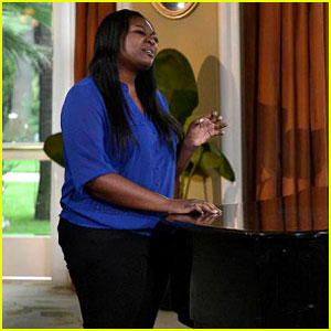 American Idol Top 4: Candice Glover Performs - Watch Now!