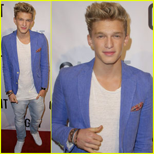 Cody Simpson: Gig-It Launch Party