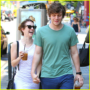 Emma Roberts & Evan Peters: Strolling in SoHo