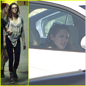 Kristen Stewart Steps Out After Split with Robert Pattinson