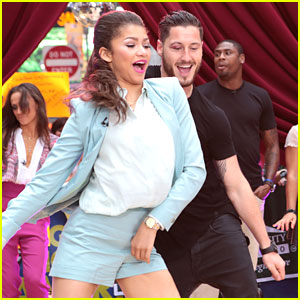 Zendaya & Val Chmerkovskiy Go 'Dancing' on GMA