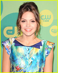 Aimee Teegarden Talks 'Star-Crossed'