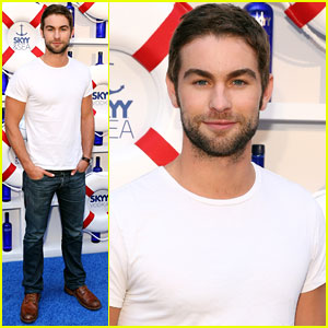 Chace Crawford: Governors Ball Music Festival Kick-off Party
