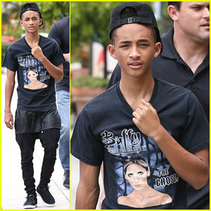 Jaden Smith Gets a Big Kiss From Dad Will