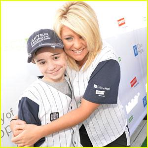 Lauren Alaina: City of Hope Celebrity Softball Game 2013