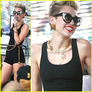 Miley Cyrus: Mackapooloza 2013!
