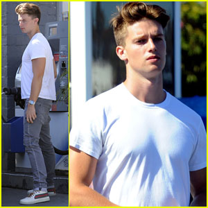 Patrick Schwarzenegger: Headed to Kansas City!