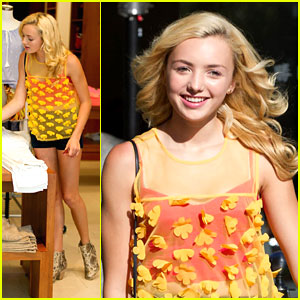 Peyton List: Shopping With Dad Before Weekend Meet & Greets